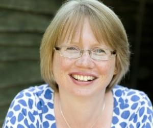 Lindsey Collumbell - award-winning marketing